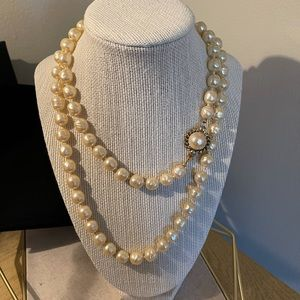 Chanel Pearl Necklace - Vintage 1981